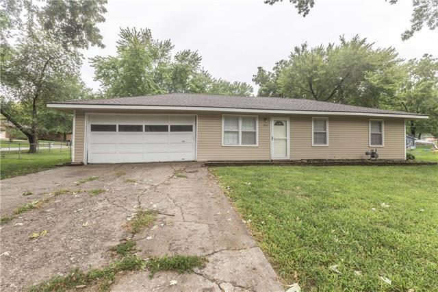202 18 Avenue, Greenwood, MO 64034 (#2128959) :: Edie Waters Network