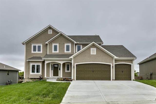 7111 NE 116th Place, Kansas City, MO 64156 (#2129003) :: Edie Waters Network