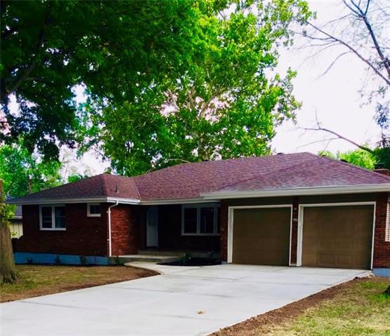 5429 Oliver Street, Kansas City, KS 66106 (#2129086) :: Edie Waters Network