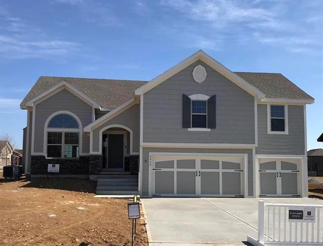 1311 Melissa Court, Kearney, MO 64060 (#2129088) :: Kansas City Homes