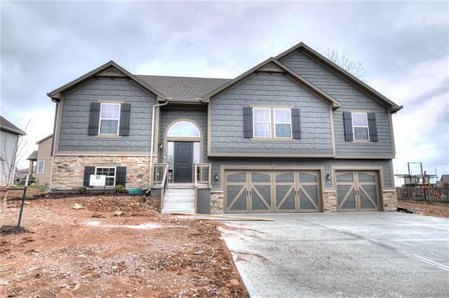 1313 E Melissa Court, Kearney, MO 64060 (#2129092) :: Kansas City Homes