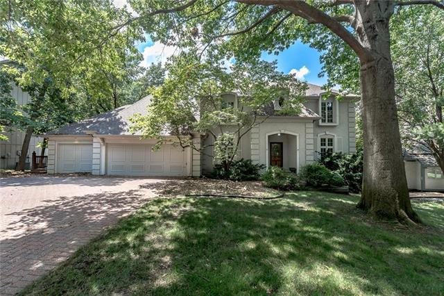 12004 Stearns Street, Overland Park, KS 66213 (#2129109) :: Char MacCallum Real Estate Group