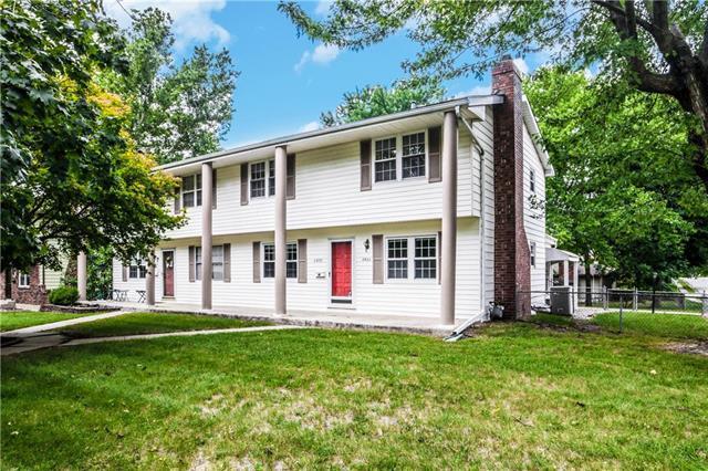 6822 N Askew Avenue, Kansas City, MO 64119 (#2129225) :: Char MacCallum Real Estate Group