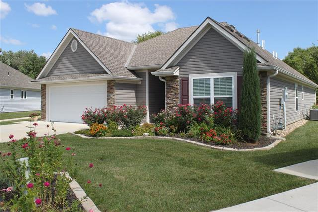863 Meadowlark Court, Lansing, KS 66043 (#2129261) :: Edie Waters Network