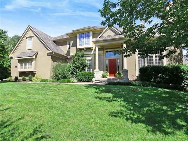4556 W 141st Terrace, Leawood, KS 66224 (#2129286) :: Edie Waters Network
