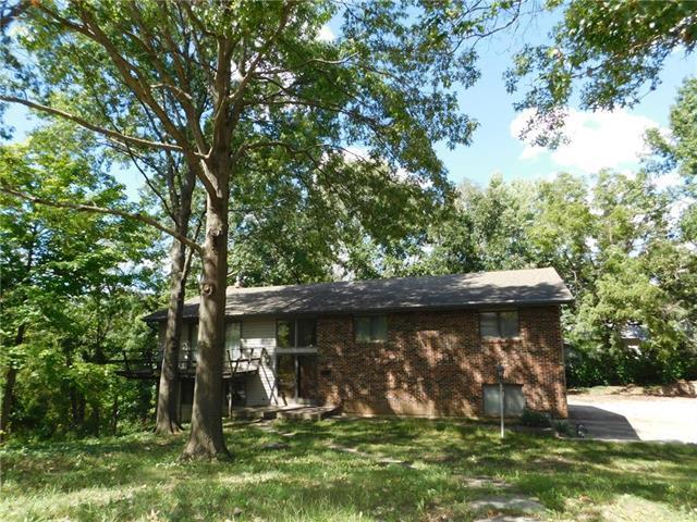 407 Benjamin Drive, Warrensburg, MO 64093 (#2129409) :: Edie Waters Network