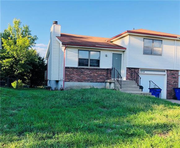 1714 W Prairie Street, Olathe, KS 66061 (#2129448) :: Edie Waters Network