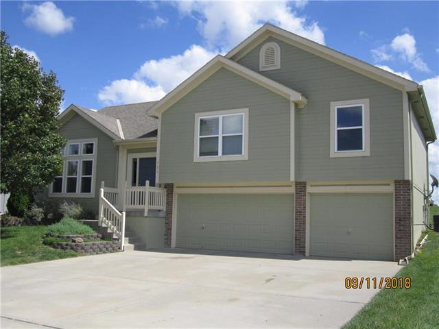 731 Chelsea Court, Raymore, MO 64083 (#2129457) :: Edie Waters Network
