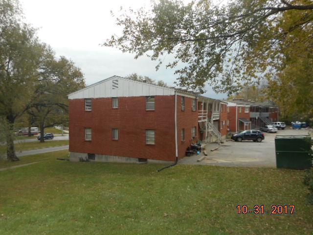 2610 Van Brunt Boulevard, Kansas City, MO 64127 (#2129463) :: The Shannon Lyon Group - ReeceNichols