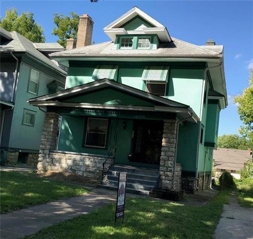 3830 Benton Boulevard, Kansas City, MO 64128 (#2129521) :: Char MacCallum Real Estate Group