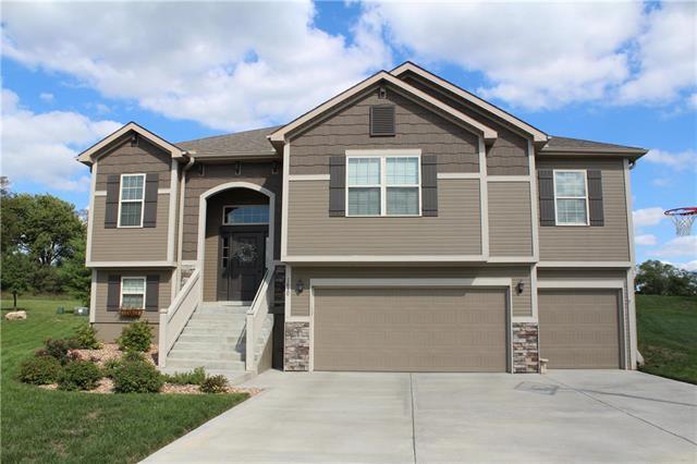 1630 NE 124th Terrace, Kansas City, MO 64165 (#2129571) :: Kansas City Homes