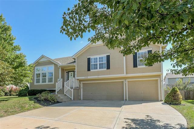 705 S Cedar Street, Gardner, KS 66030 (#2129626) :: Char MacCallum Real Estate Group