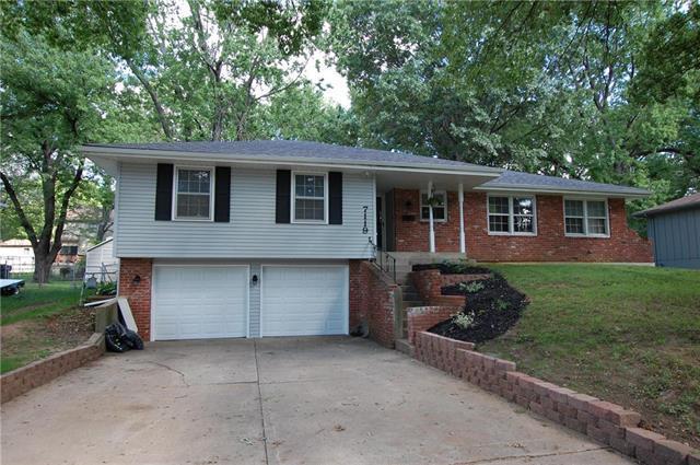 7119 Cody Street, Shawnee, KS 66203 (#2129657) :: Edie Waters Network