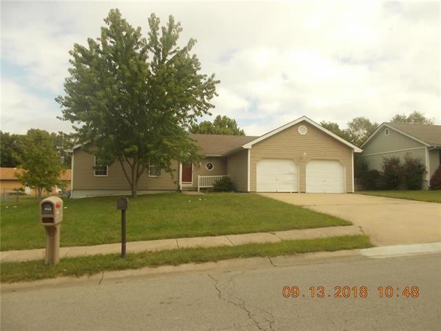 404 Oakwood Street, Harrisonville, MO 64701 (#2129774) :: Edie Waters Network