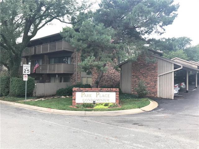 8708 Metcalf Avenue #11, Overland Park, KS 66212 (#2129803) :: Edie Waters Network