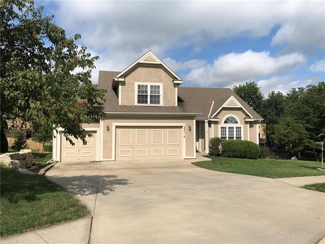 23716 W 53rd Street, Shawnee, KS 66226 (#2130023) :: House of Couse Group