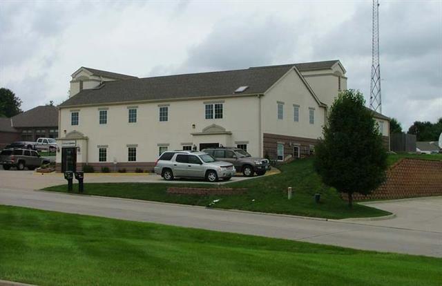 3929 Oakland Avenue, St Joseph, MO 64506 (#2130030) :: Char MacCallum Real Estate Group