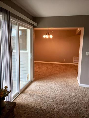 10124 W 96th Street C, Overland Park, KS 66212 (#2130093) :: No Borders Real Estate