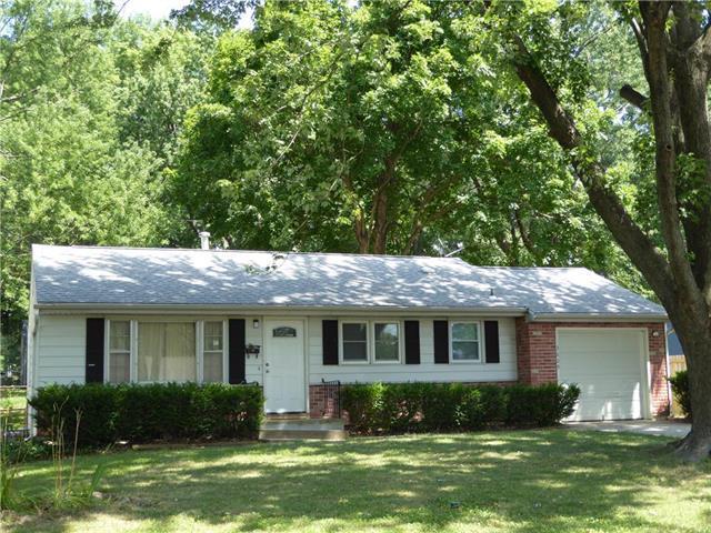 3609 S Pleasant Street, Independence, MO 64055 (#2130117) :: Edie Waters Network