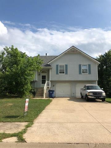 33045 W 89th Street, Desoto, KS 66018 (#2130126) :: Edie Waters Network