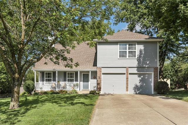 512 Valle Drive, Belton, MO 64012 (#2130127) :: Char MacCallum Real Estate Group
