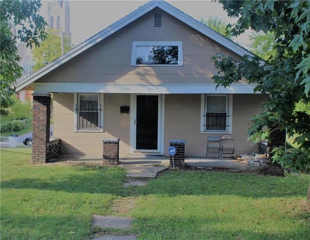 1980 Garfield Avenue, Kansas City, KS 66104 (#2130264) :: Edie Waters Network