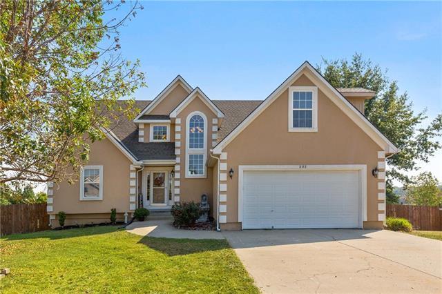 503 SW Longhorn Drive, Oak Grove, MO 64075 (#2130298) :: Char MacCallum Real Estate Group