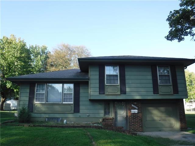 7608 E 118th Street, Kansas City, MO 64131 (#2130322) :: Edie Waters Network