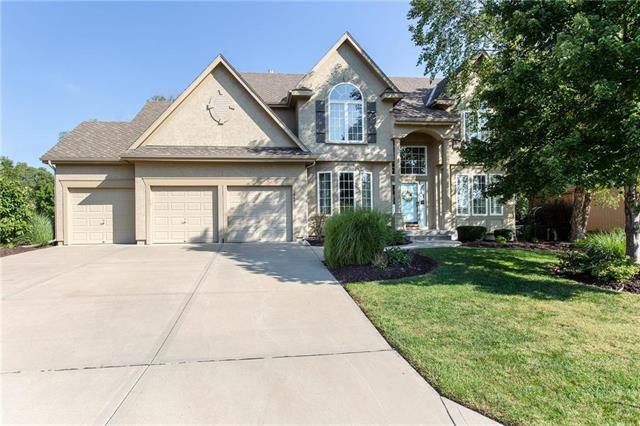 12602 W 123RD Terrace, Overland Park, KS 66213 (#2130380) :: Edie Waters Network