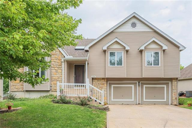 1254 E Butterfield Place, Olathe, KS 66062 (#2130597) :: Char MacCallum Real Estate Group