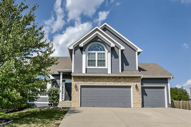 7906 NE 112th Street, Kansas City, MO 64157 (#2130598) :: Dani Beyer Real Estate