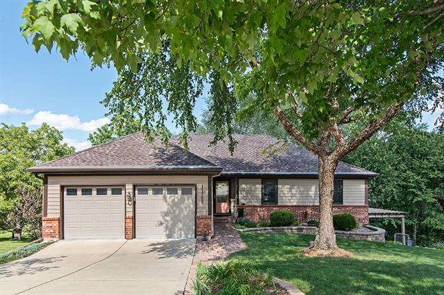 11700 W 48th Terrace, Shawnee, KS 66203 (#2130605) :: NestWork Homes