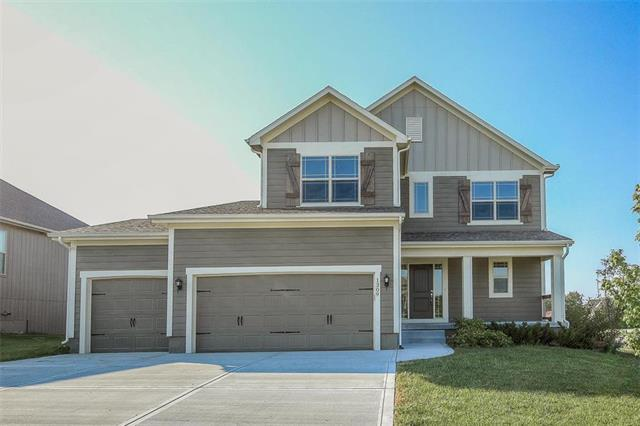 1309 Sagamore Drive, Raymore, MO 64083 (#2130641) :: Edie Waters Network
