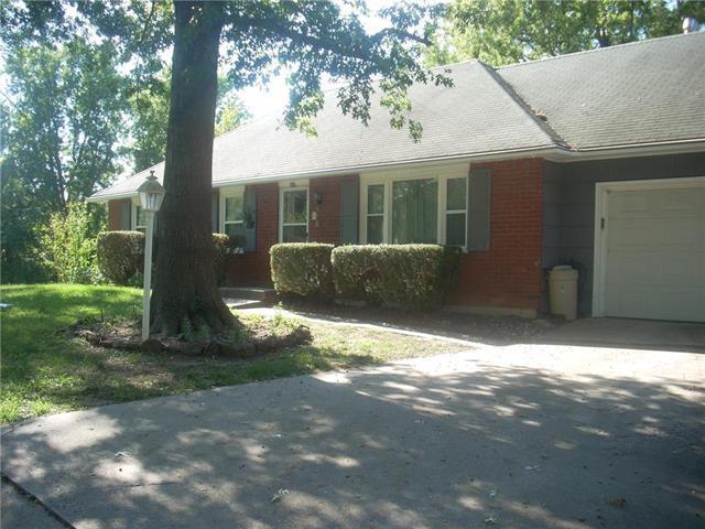 507 Terrace Drive, Warrensburg, MO 64093 (#2130655) :: Edie Waters Network