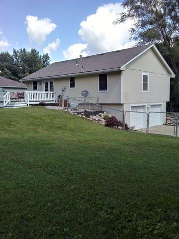 15708 Vicie Avenue, Belton, MO 64012 (#2130673) :: Edie Waters Network