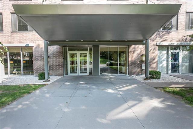 600 E 8th Street 5H&5I, Kansas City, MO 64106 (#2130698) :: NestWork Homes