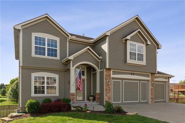 10220 N Elmwood Court, Kansas City, MO 64156 (#2130716) :: Kansas City Homes