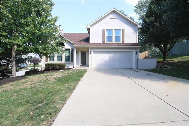 5629 N Mayview Avenue, Kansas City, MO 64151 (#2130724) :: Char MacCallum Real Estate Group