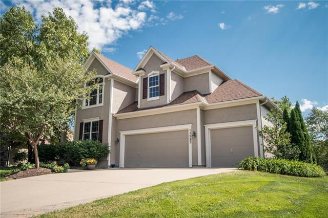 11587 W 146th Street, Olathe, KS 66062 (#2130727) :: Char MacCallum Real Estate Group