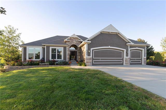 21894 Limestone Ridge N/A, Paola, KS 66071 (#2130747) :: Char MacCallum Real Estate Group