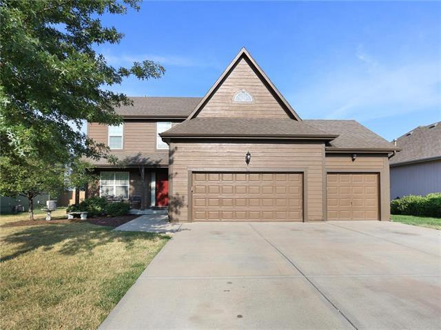 668 N Poplar Street, Gardner, KS 66030 (#2130753) :: Char MacCallum Real Estate Group