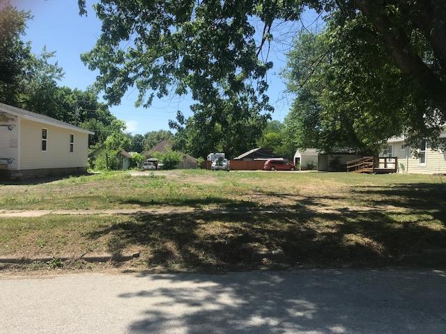 1573 E 1st Street, Horton, KS 66439 (#2130766) :: Edie Waters Network