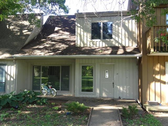 12 Oak Hill Cluster Road, Independence, MO 64057 (#2130869) :: No Borders Real Estate