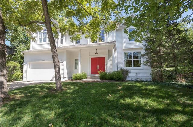 10345 S Hollis Lane, Olathe, KS 66061 (#2130969) :: Char MacCallum Real Estate Group
