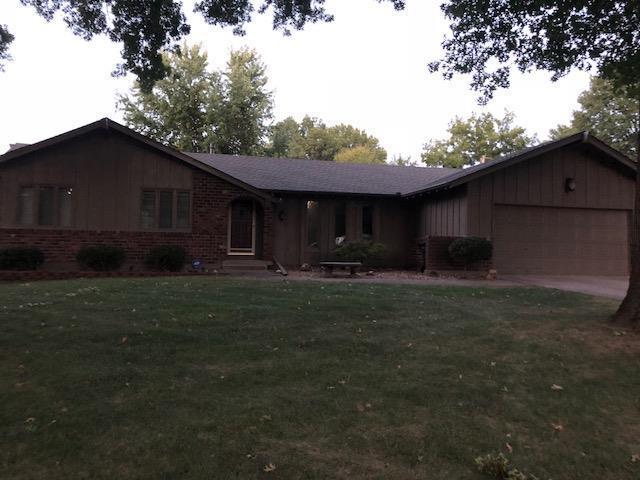 901 Bird Street, Harrisonville, MO 64701 (#2131001) :: Edie Waters Network