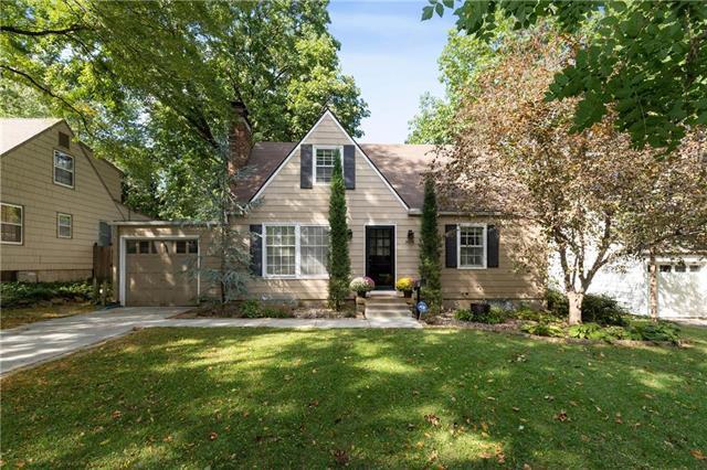 4016 W 68th Terrace, Prairie Village, KS 66208 (#2131014) :: Char MacCallum Real Estate Group