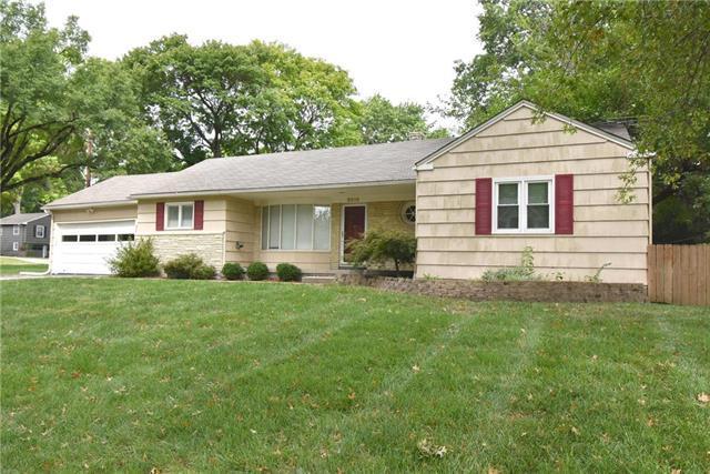 3816 W 61st Terrace, Fairway, KS 66205 (#2131191) :: Team Real Estate