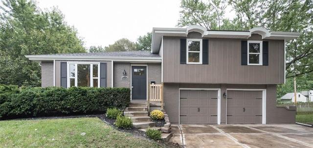 1608 S Lindenwood Drive, Olathe, KS 66062 (#2131211) :: Kedish Realty Group at Keller Williams Realty