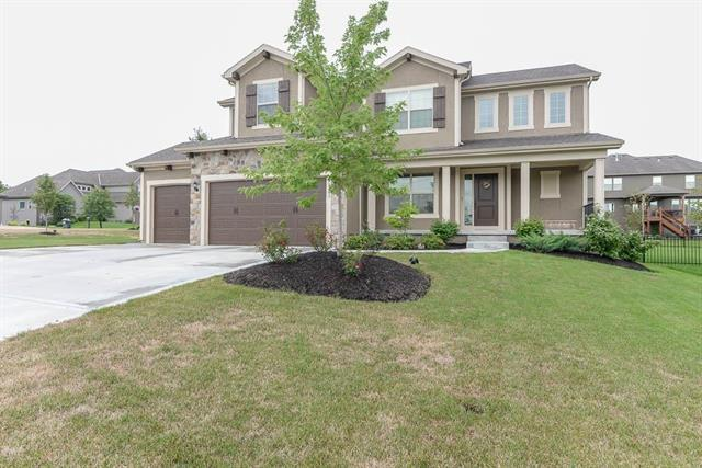 21203 W 45th Place, Shawnee, KS 66218 (#2131223) :: Kedish Realty Group at Keller Williams Realty