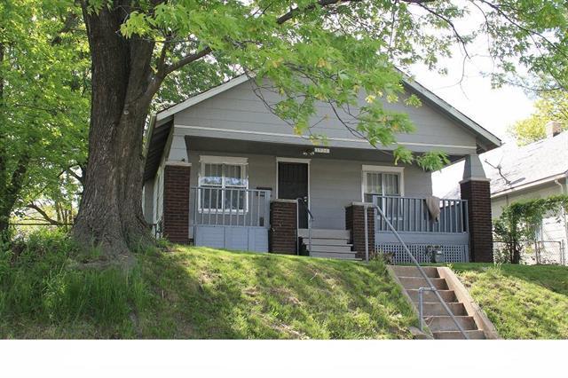 1936 N 25th Street, Kansas City, KS 66104 (#2131336) :: Edie Waters Network